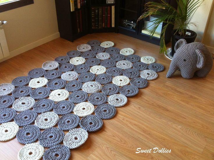 tapetes de crochê com flores