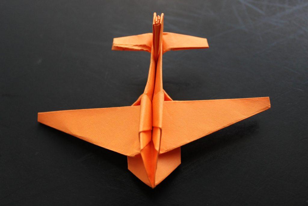 dobradura avião
