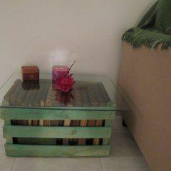 Mesinha de Caixote 4 Como fazer mesa de caixote de feira