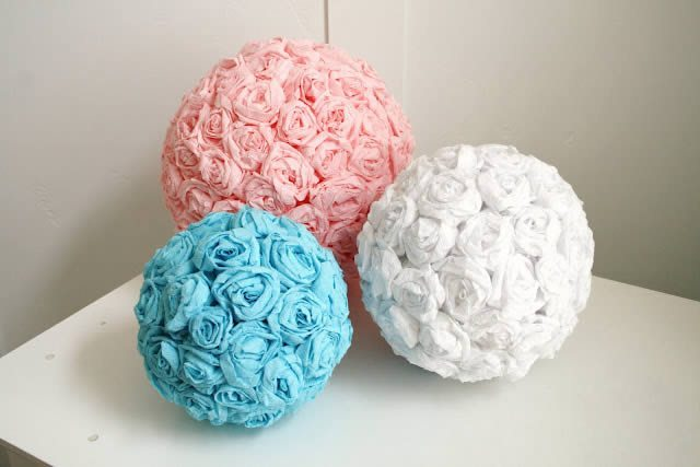 Bolas de flores de papel crepom passo a passo artesanato - Bolas de decoracion ...