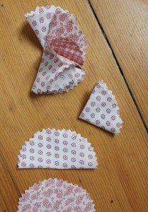 Enfeite para envelope de tecido (Foto:Divulgação).