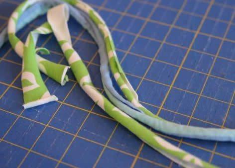 Como fazer pulseia com tecido (Foto:Divulgação).