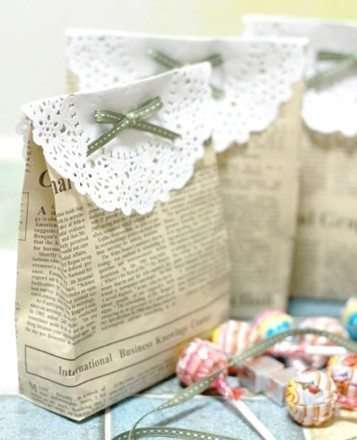 Feather White Decorating Bag
