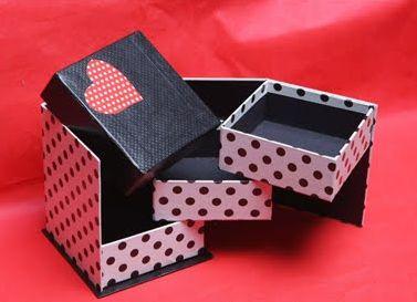 Uma caixa de bijuteria para dia das mães é alternativa perfeita de presente para mamães vaidosas (Foto: Divulgação)