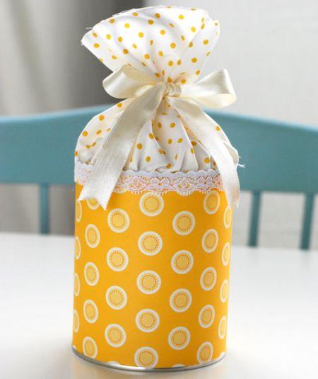 Todo mundo vai adorar esta lembrancinha de pote de doce reciclado (Foto: Divulgação)