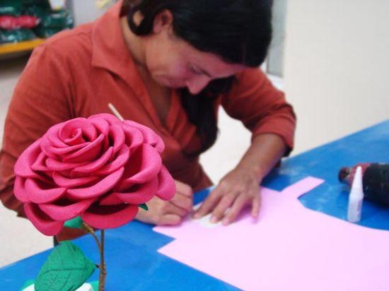 Aprenda a Fazer Flor de EVA Passo à Passo