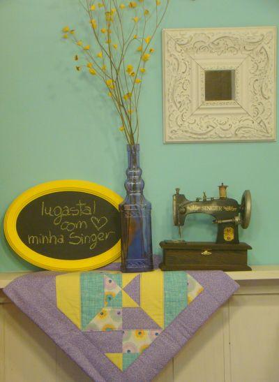 Esta toalha de mesa com blocos coloridos pode ser feita com a combinação de vários tipos de estampas e cores (Foto: Divulgação)