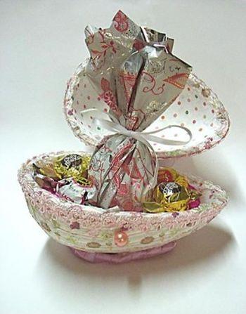Esta embalagem de Páscoa com ovo de isopor agradará com certeza quem quer que recebê-la (Foto: Divulgação)