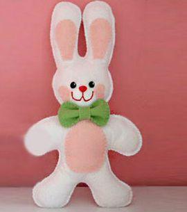 Este simpático enfeite de coelho da Páscoa deixará a sua casa em um clima bem festivo (Foto: Divulgação)