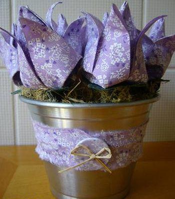 Faça flores de origami para dia das mães e receba muitos aplausos e elogios (Foto: Divulgação)
