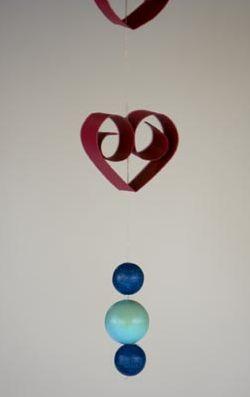Este artesanato com material reciclável para dia dos namorados deixará o clima da sua casa muito mais romântico (Foto: Divulgação)
