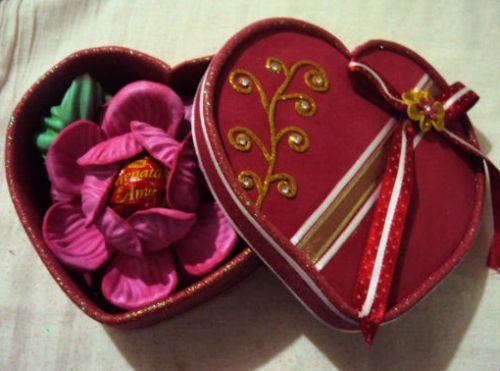 A caixa de coração para dia dos namorados é presente que agrada a todos (Foto: Divulgação)