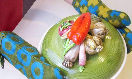 Deixe a sua cozinha com uma decoração especial com esta luva térmica de tecido (Foto: Divulgação)
