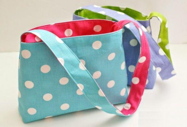 Faça esta bolsa reversível e atraia os olhares por onde passar (Foto: singer.com.br)