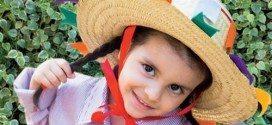 Faça este chapéu caipira para a toda a sua família e deixe-os no clima dos festejos juninos (Foto: revistacrescer.globo.com)