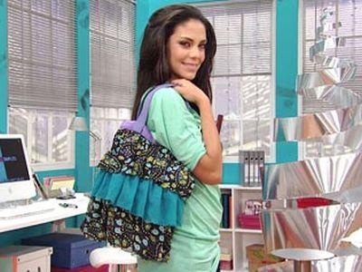 Faça esta bolsa com babados e arrase por onde passar (Foto: foxplaybrasil.com.br)