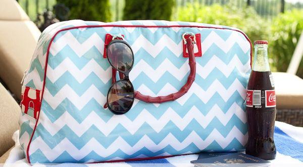 Use esta linda bolsa de viagem e arrase por onde passar (Foto: rileyblakedesigns.com)