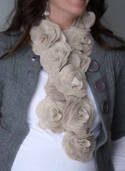 Com este sofisticado cachecol de feltro seus looks de inverno nunca mais serão os mesmos (Foto: watchmedaddy.blogspot.com.br)