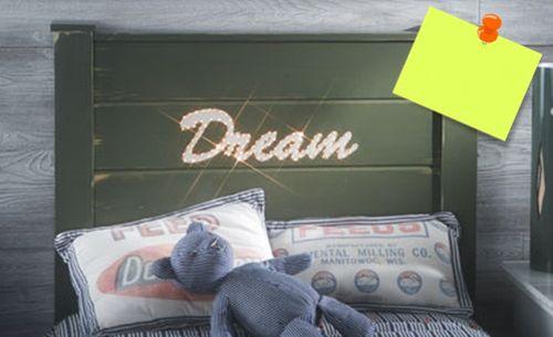 Decorando cabeceira de cama você consegue uma peça nova sem grandes custos (Foto: decomanitas.com)