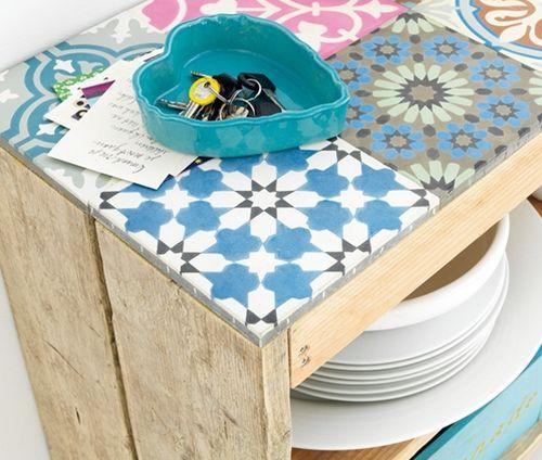 Garanta um charme a mais em seu ambiente com este móvel com pallets (Foto: decomanitas.com)