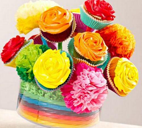 Este bouquet de cupcake faz muito sucesso por onde passa (Foto: coolcreativities.com)
