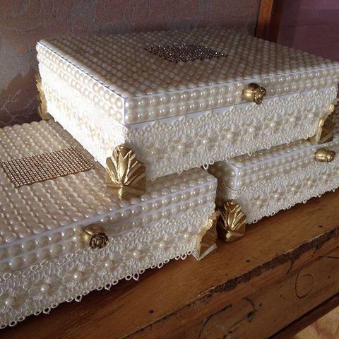 Caixa decorada com perola