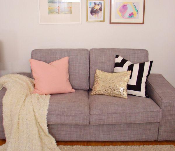 É muito fácil fazer uma almofada de lantejoula feita de camisa (Foto: arteemanha.net)