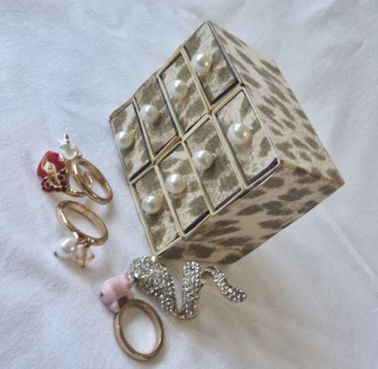 Porta-joias com caixinha de fósforo é delicado, é lindo e fácil de ser feito (Foto: gosto-disto.com)