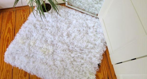 2505de8bb4487 Como Fazer um Tapete de Fios de Lã Passo a Passo