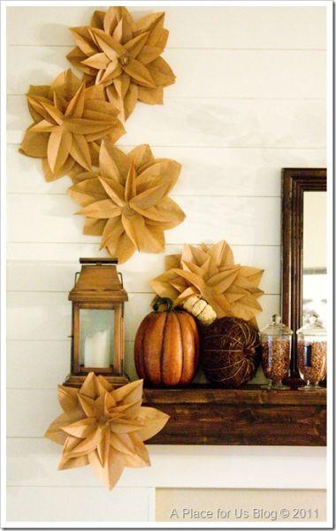 Flores e saco de papel são diferentes e decoram de forma primorosa (Foto: justdestinymag.com)