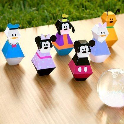 É muito fácil montar estes moldes 3D da turma do Mickey depois que você os imprimir (Foto: family.disney.com)