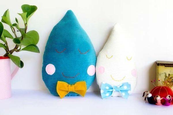 Almofada pingo de chuva é simpática e diverte na decoração (Foto: frankie.com.au)