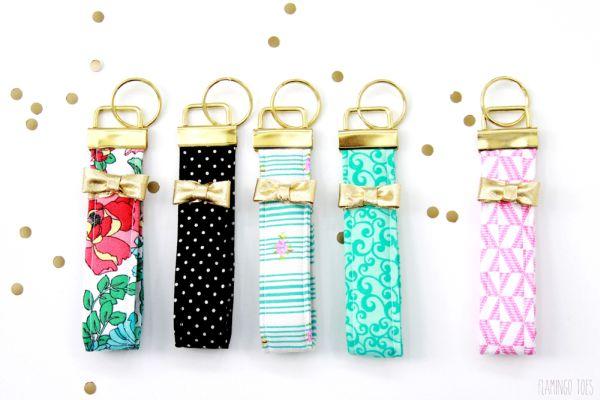 Chaveiro de tecido simples de fazer pode ter o estilo que você quiser (Foto: lilluna.com)