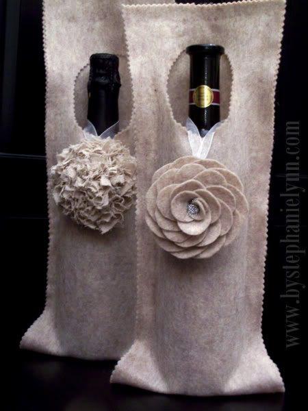 Porta-vinho de feltro deixa a garrafa muito mais charmosa (Foto: bystephanielynn.com)
