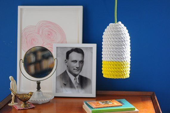 Luminária de corda simples de fazer pode também ter a combinação de cores que você quiser (Foto: blog.etsy.com)