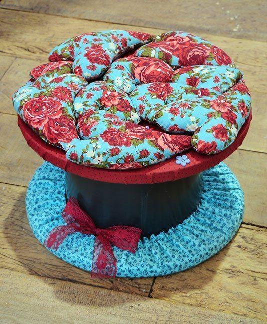 Você pode decorar carretel com tecido com o estilo que você quiser (Foto: tecidospatchwork.com.br)