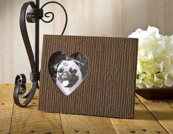 Efeito madeira em porta-retrato é fácil de ser conseguido (Foto: modpodgerocksblog.com)