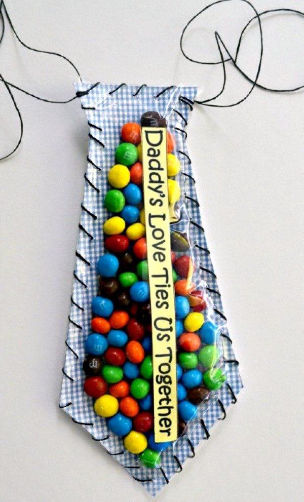lembrancinha dia dos pais com chocolate mm