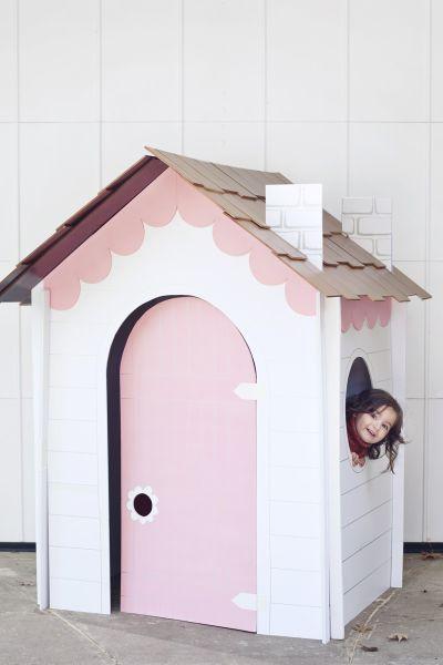 Esta ideia de casinha infantil vai encantar a sua criança (Foto: abeautifulmess.com)