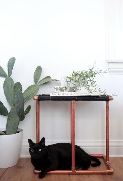 Qualquer cômodo de sua casa pode receber esta mesa de canto (Foto: stylebyemilyhenderson.com)