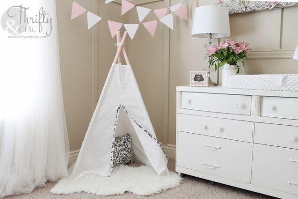 Esta tenda com cano de PVC é versátil e linda (Foto: thriftyandchic.com)