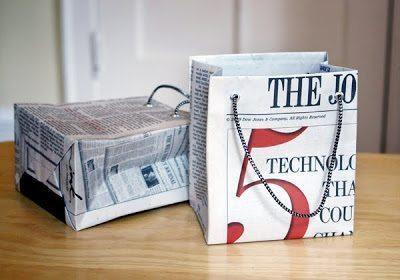 Bolsas para presentes com jornal incrementam a sua lembrancinha (Foto: howaboutorange.blogspot.com.br)