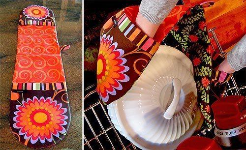 Este pegador de panela quente é funcional e ainda decora a sua cozinha, quando pendurado (Foto: sew4home.com)