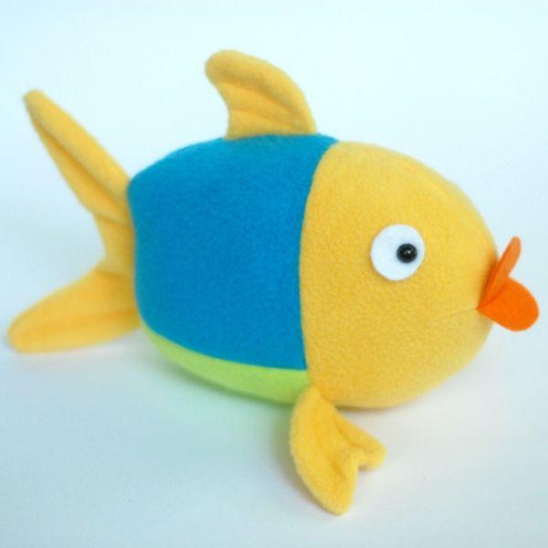 Este fofo peixinho faz sucesso até entre os adultos (Foto: whileshenaps.com)