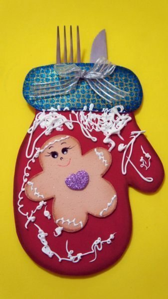 Este porta-talheres para mesa de Natal é lindo e fácil e ser conseguido (Foto: ateliekreateva.com.br)