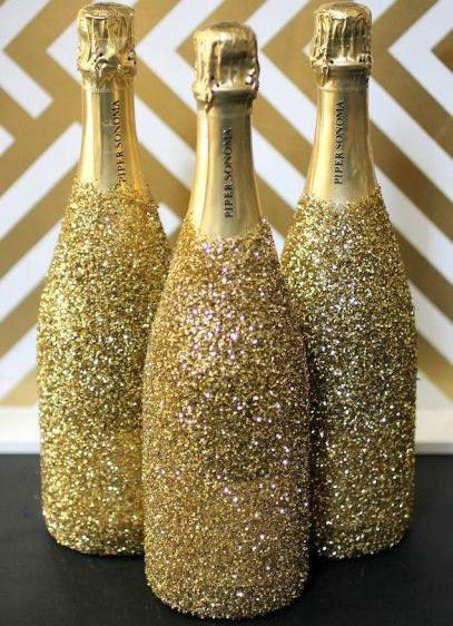 Decorar garrafa de champagne é muito fácil (Foto: ideas.evite.com)