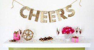 Decore a sua casa ou a sua festa com letras decorativas feitas com papelão (Foto: abeautifulmess.com)