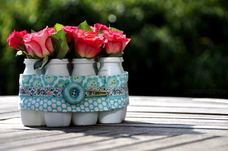 Este centro de mesa com potes reciclados pode ter os seus detalhes favoritos (Foto: inspireedecore.blogspot.com.br)