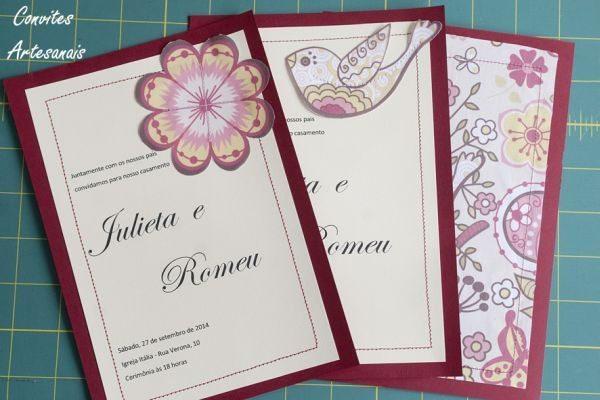 Este convite artesanal com tecido pode ser único e exclusivo, com a sua combinação de elementos preferida (Foto: singer.com.br)