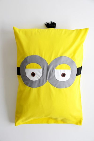 Os seus pequenos vão adorar esta almofada dos Minions (Foto: ehow.com)